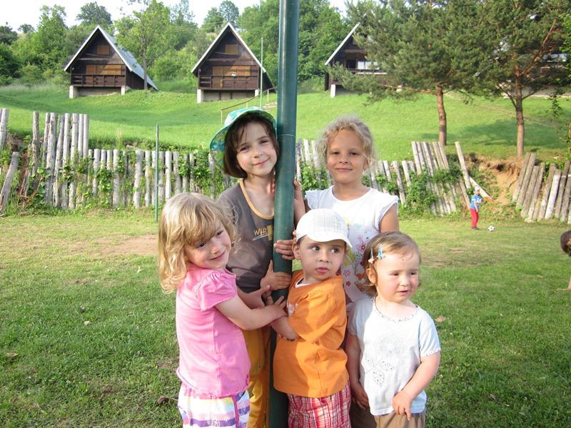 materska-skolka-2011-06-16-09