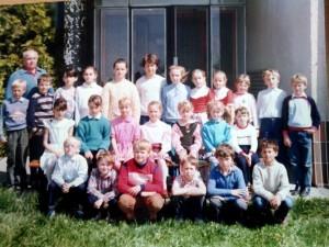 Ročníky ZŠ: 1978/1979 + 1980/1981 (fotené_v_roku_1989)
