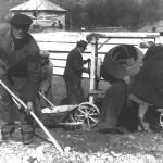 Betónovanie základov školy (04.04.1966)