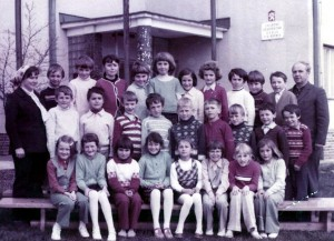 Ročníky ZŠ: 1967/1968 + 1968/1969  (fotené_v_roku_1978)
